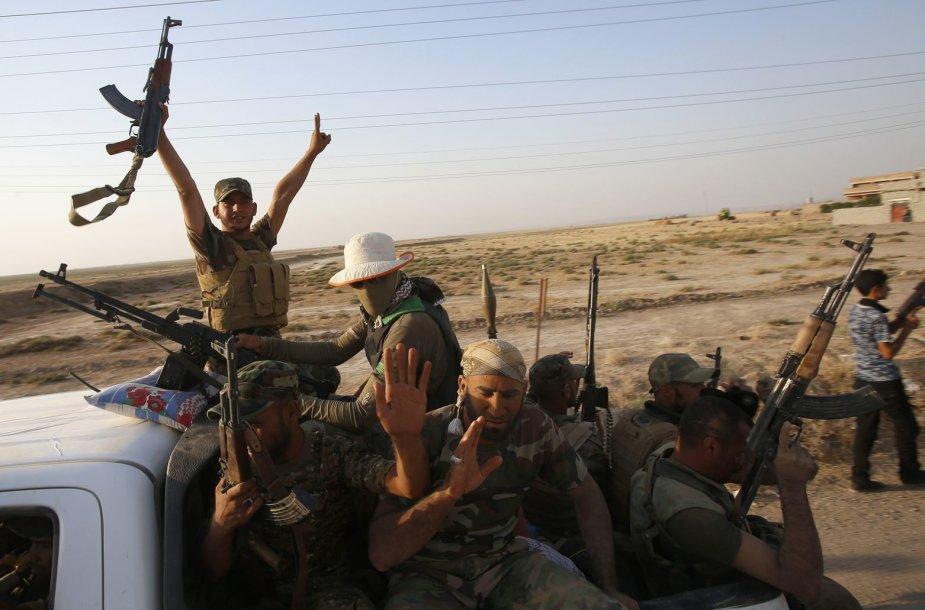 Irako šiitų pajėgos švenčia pergalę prieš IS