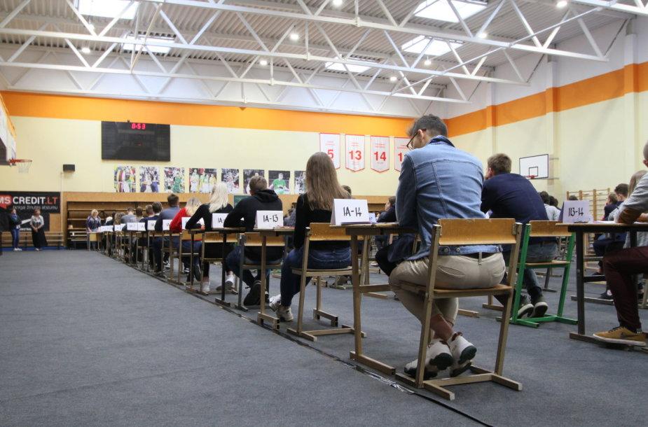 Valstybiniai egzaminai Joniškyje