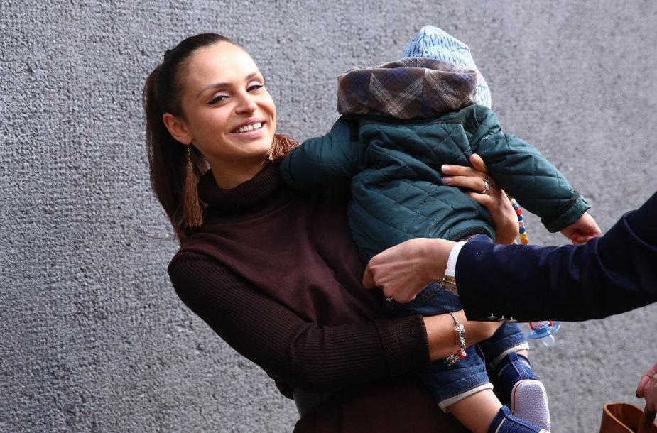 Ieva Mackevičienė su sūnum Motiejum