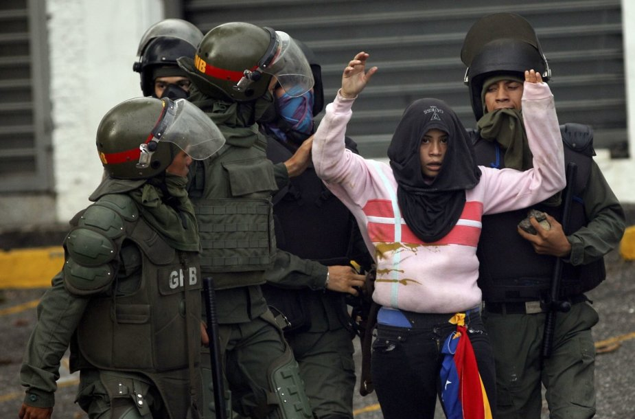 Venesueloje neslūgsta aukšta įtampa