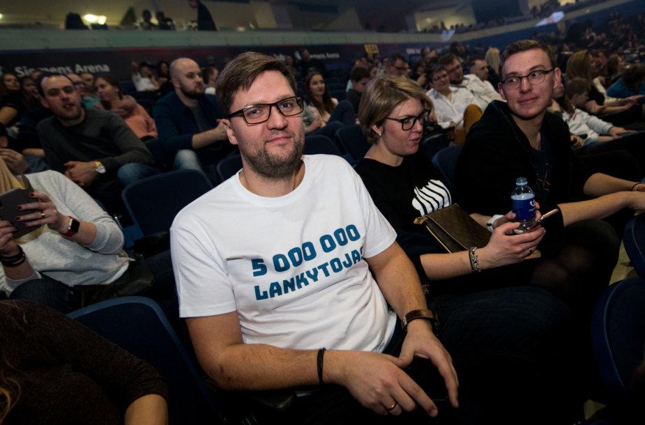 """Per """"G&G Sindikato"""" koncertą """"Siemens"""" arenoje apdovanotas penkiamilijoninis lankytojas"""