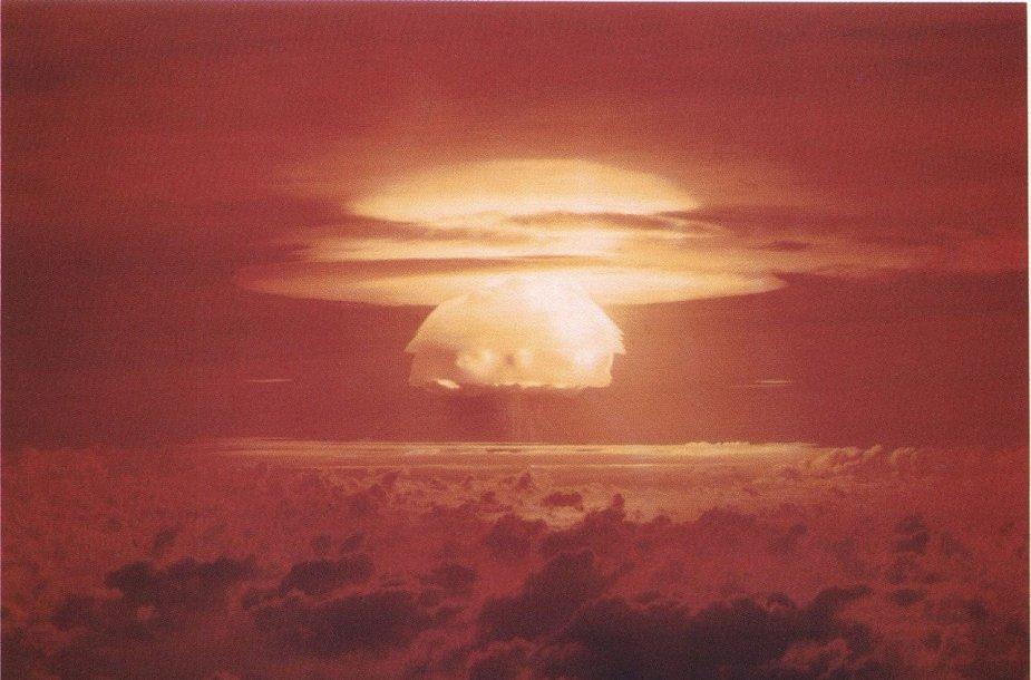 Grybo formos debesis, susiformavęs po Castle Bravo sprogimo