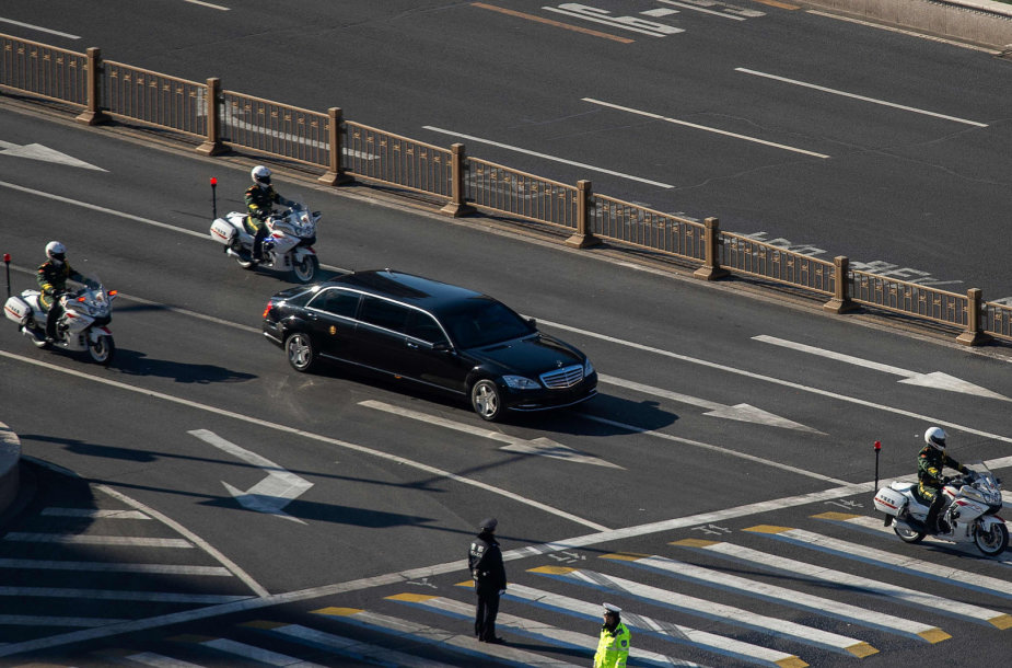 Kim Jong Uno automobilis Kinijoje