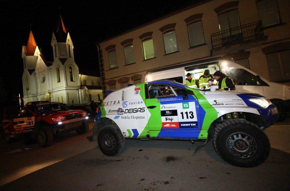 """""""Vaidota Racing Team"""" prieš startą"""