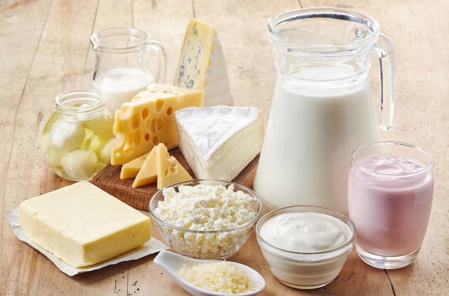 Netoleruojant laktozės vis tiek galima valgyti kietą sūrį, sviestą, jogurtą su probiotikais, kefyrą.