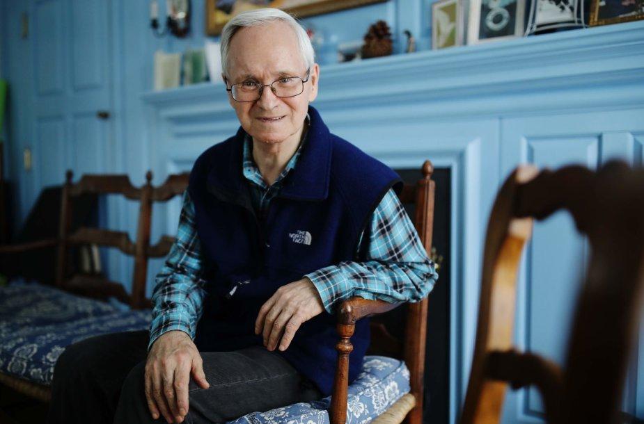"""Rusų chemikas Vilas Mirzajanovas, kuris pirmasis atskleidė nervus paralyžiuojančių medžiagų """"Novičiok"""" egzistavimą"""
