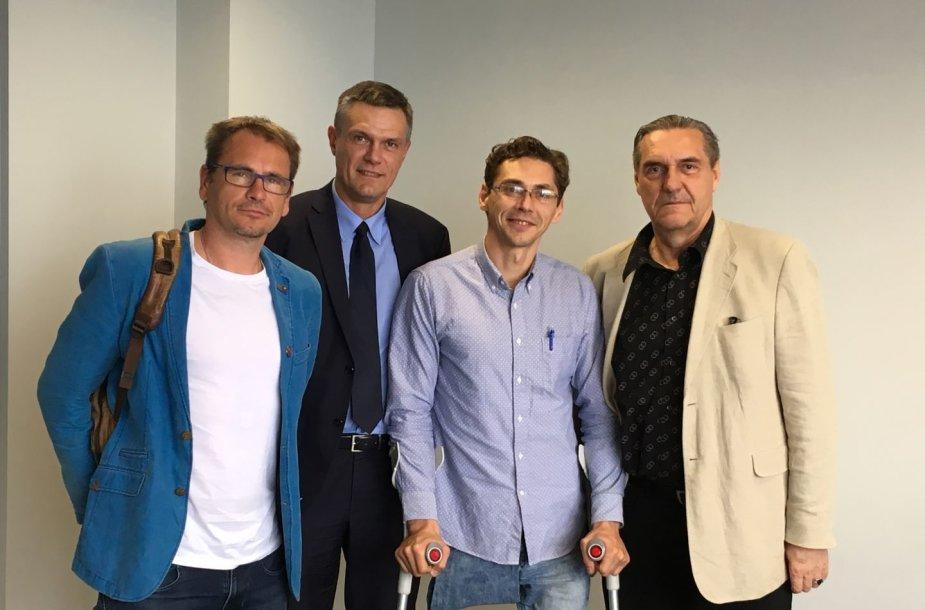 M.Mikutavičius (kairėje), G.Tvarijonas (antras iš dešinės) ir A.Kaušpėdas (dešinėje) susitiko su sostinės vicemeru L.Kvedaravičiumi.
