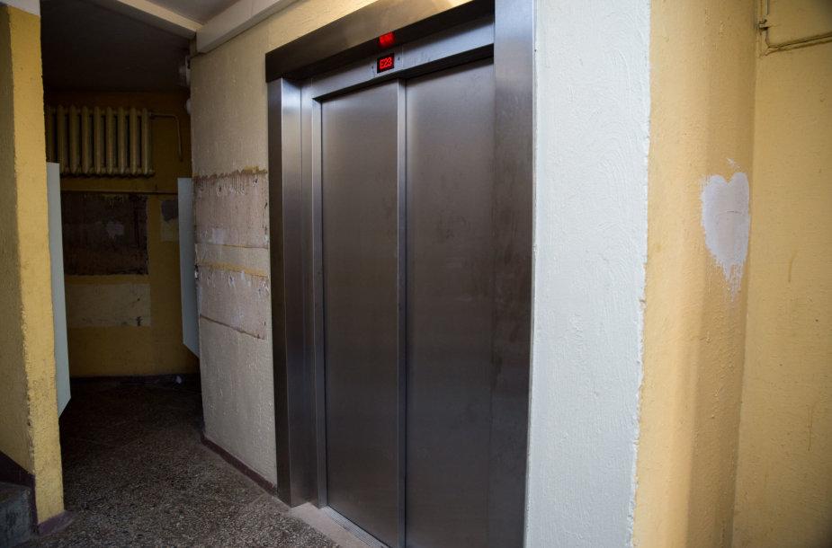 Gendantis liftas Plechavičiaus g. 6