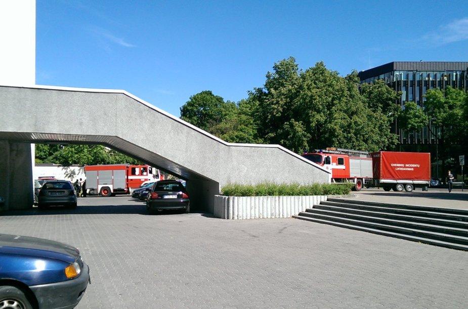 Cheminių incidentų likvidavimo pajėgos prie Vilniaus santuokų rūmų
