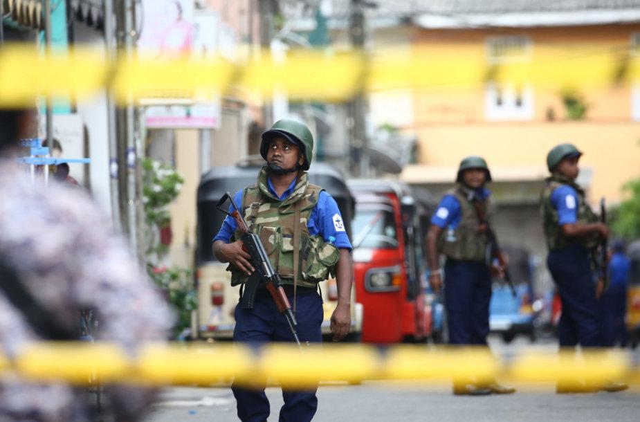 Šri Lankos saugumo tarnybos žinojo apie išpuolių grėsmę, bet kodėl nieko nedarė?