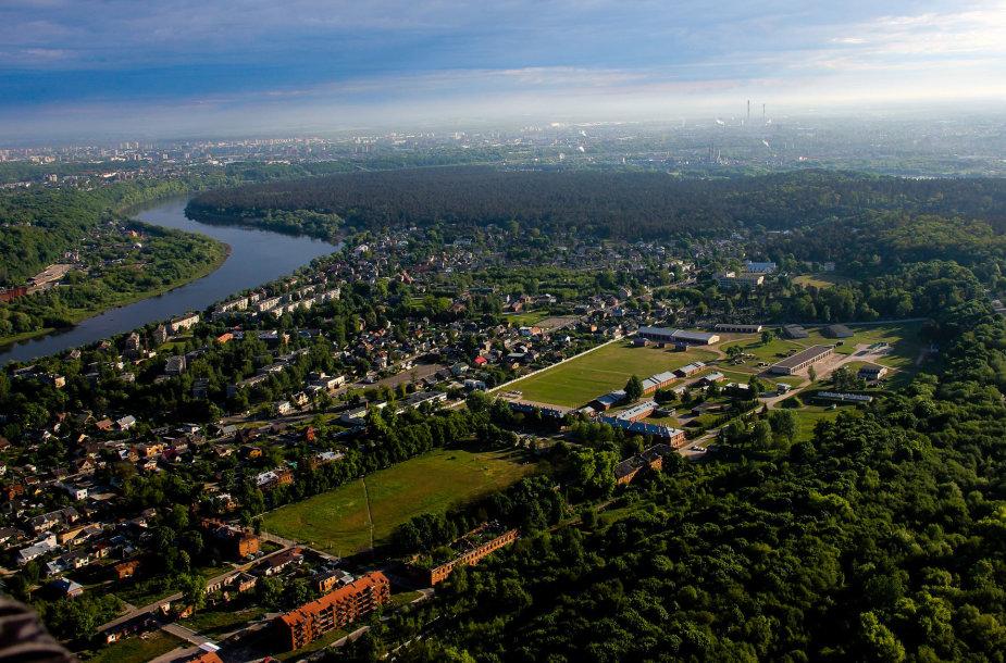 Skrydis virš Kauno didžiausiu keleiviniu specialios formos oro balionu