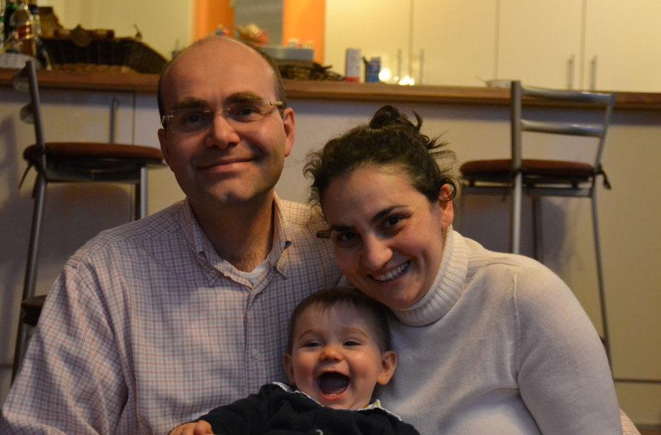 Cristina Di Nezza su vyru Giangiacomo Guglielmini ir sūnumi Marco