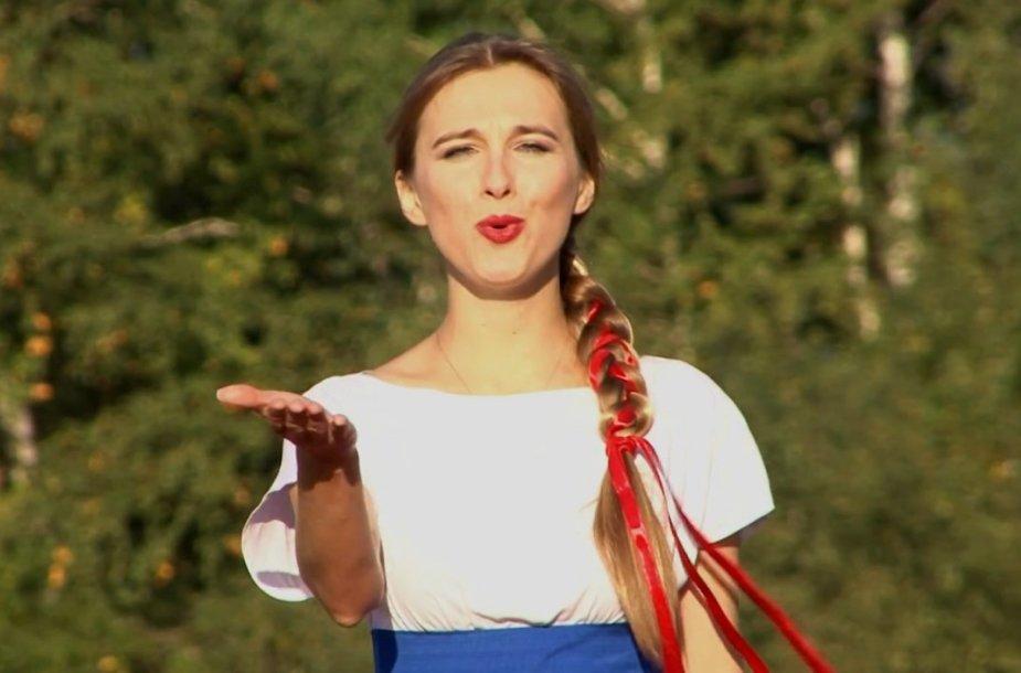 V.Putino gerbėja dainininkė Mašani iš Novosibirsko