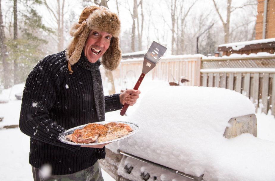 Gaminimas ant grilio žiemą