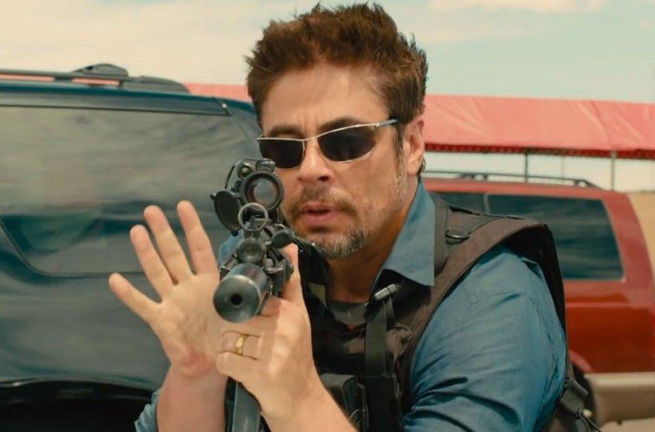 """Benicio Del Toro filme """"Sicario: karteliniai karai"""""""