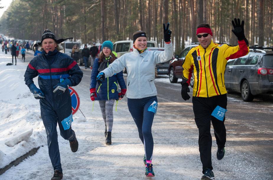 Per olimpinį festivalį Jonavoje galima rinktis įvairių distancijos bėgimus.