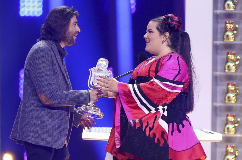 """Salvadoras Sobralis ir 2018 metų """"Eurovizijos"""" laimėtoja – Izraelio atstovė Netta Barzilai"""
