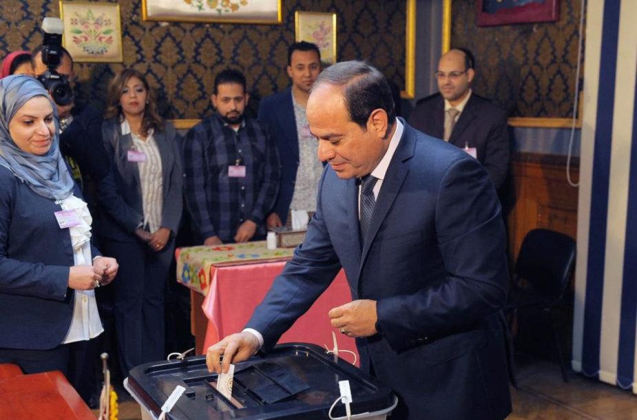 Abdel Fattahas el Sisi balsavo prezidento rinkimuose