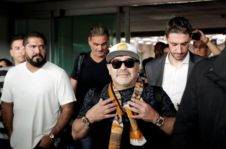 Diego Maradona atvyko į Meksikos miestą Kuljakaną.