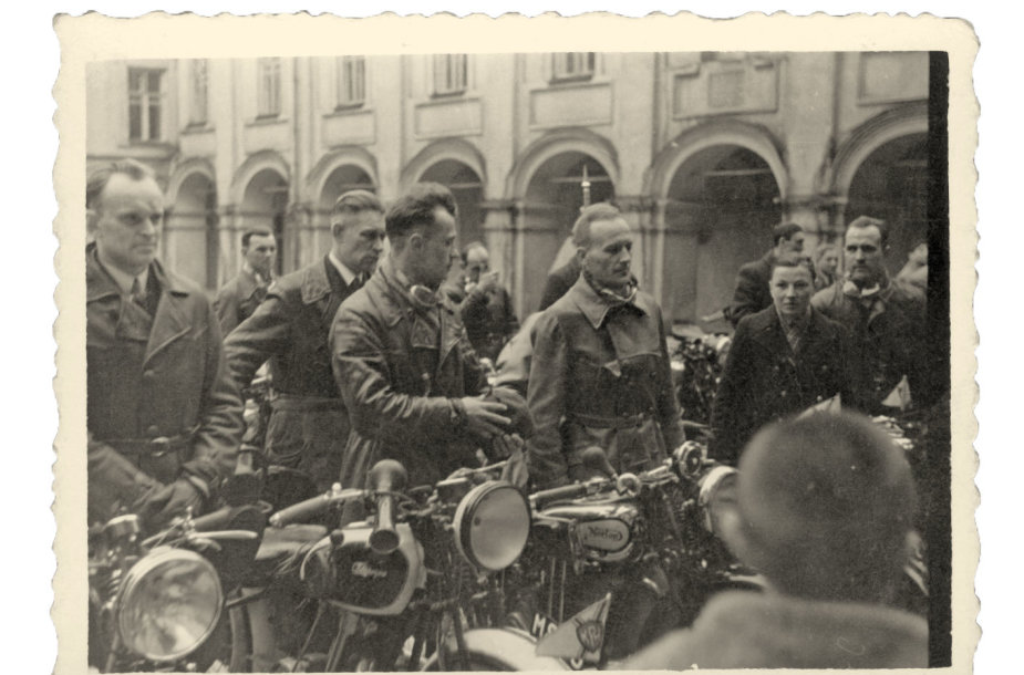 Įdomioji istorija: motociklininkų sezono atidarymas Vilniuje (1939.04.23)