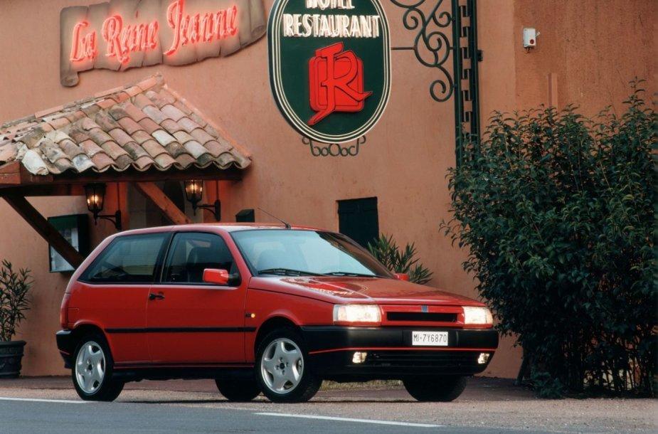 "Pirmasis ""Fiat Tipo"" modelis, pagamintas 1988 m."