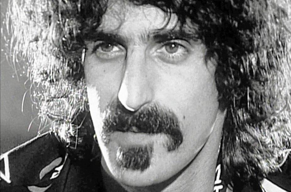 """Kadras iš filmo """"Pasprink savo klausimu – Frankas Zappa pasakoja apie save"""""""