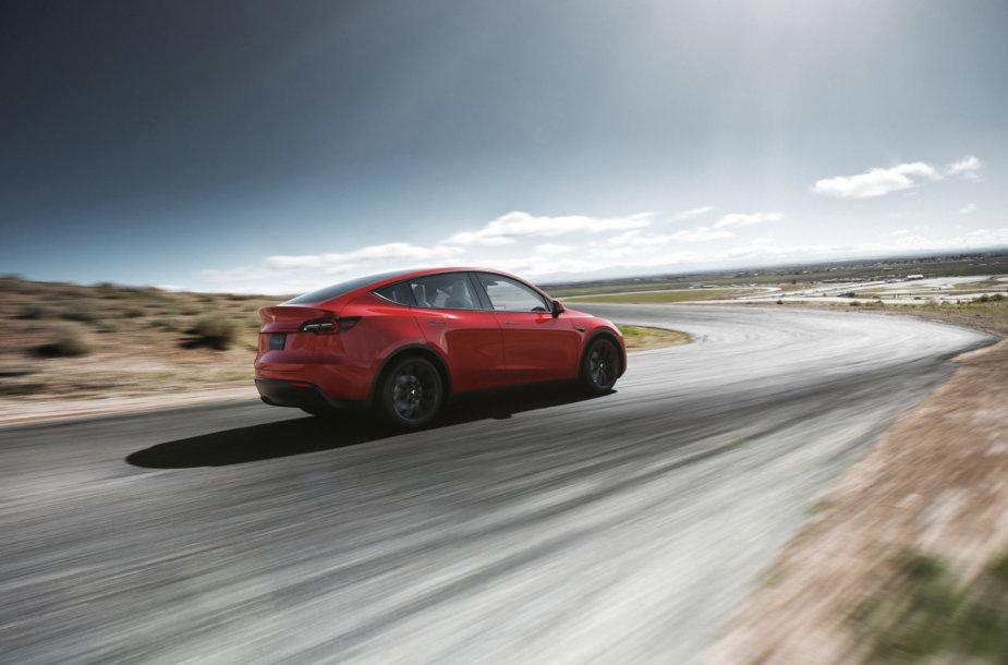 """Tesla Model Y"" – aukštesnė ""Model 3"" versija"
