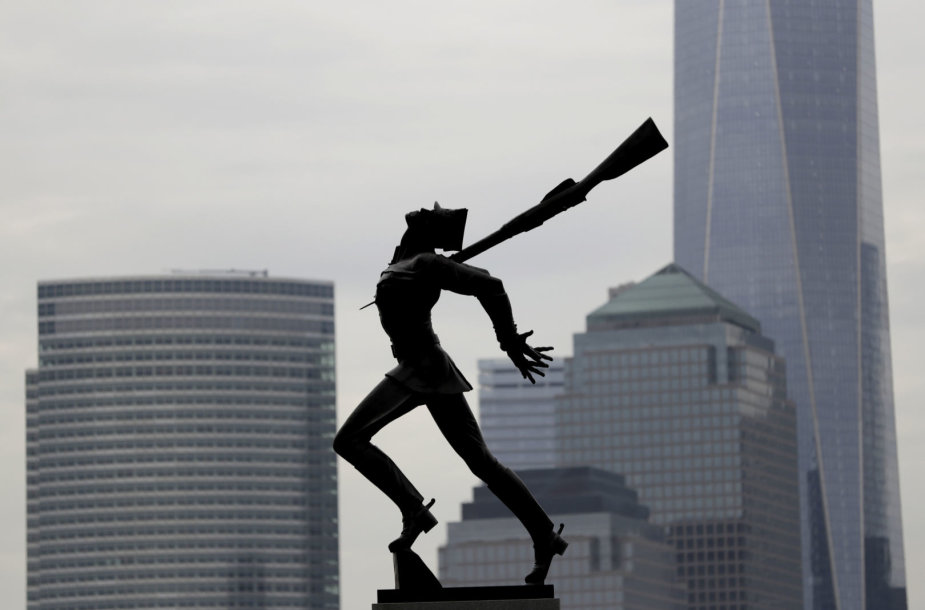 Statula vienoje Džersi Sičio aikštėje