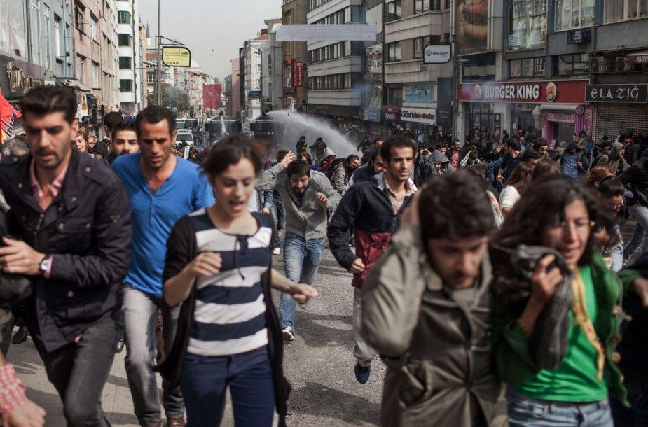 Kurdus palikanti demonstracija Stambule