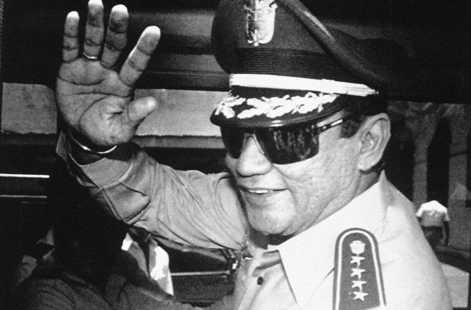 Manuelis Noriega (1989 m.)