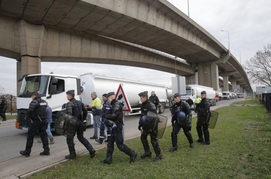 Policija Paryžiuje