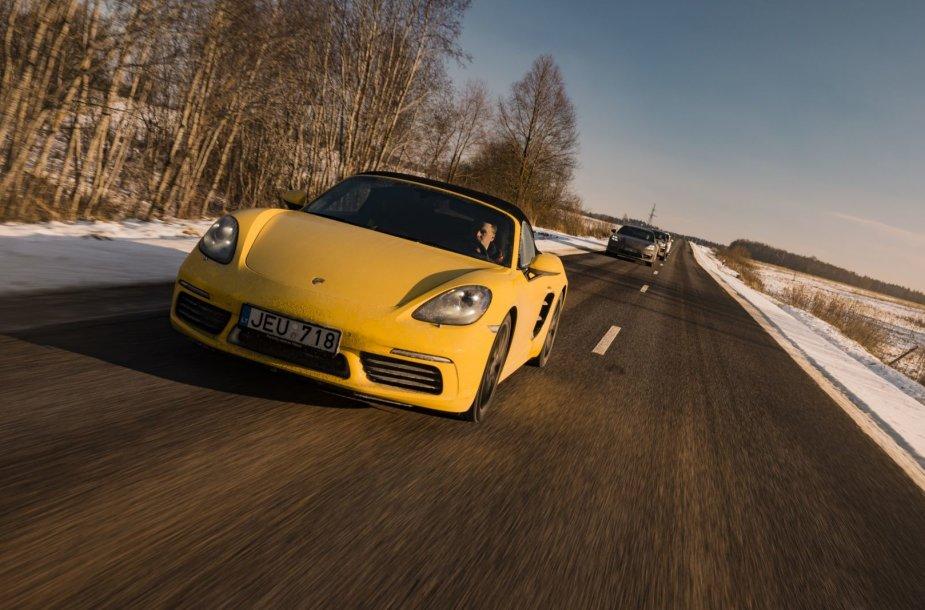 """Pirmoji """"Porsche"""" siūloma kelionė – 500 km Aukštaitijos keliais"""