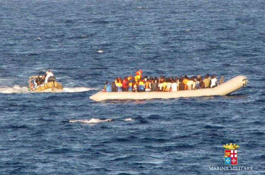 Viduržemio jūroje dažnai nuskęsta pabėgėlių iš Afrikos šalių laivai