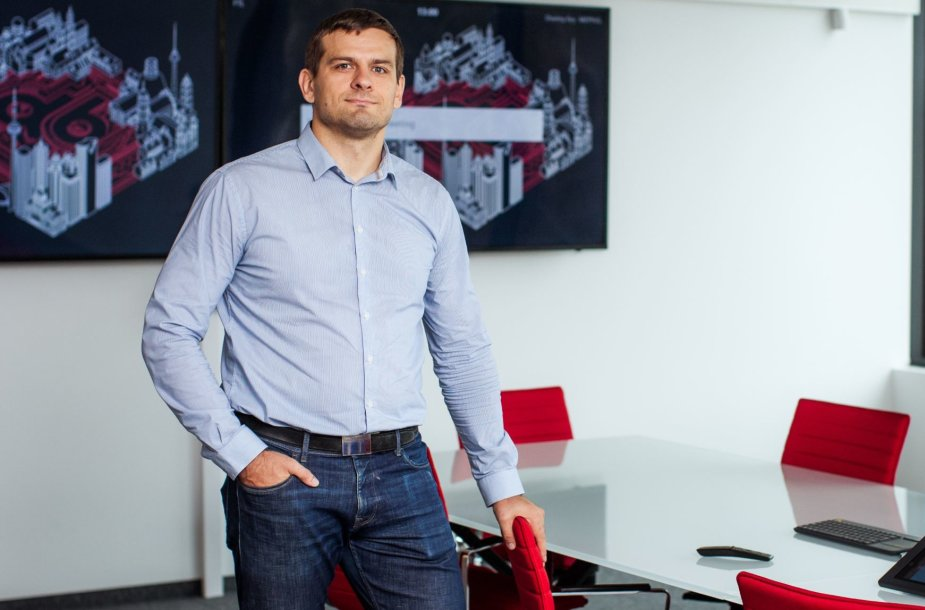 """""""Devbridge"""" technologinių praktikų vadovas Vytautas Paulauskas."""