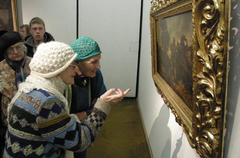 Kunigo Ričardo Mikutavičiaus kolekcijos parodos atidarymas