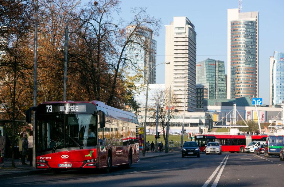 73 autobusas