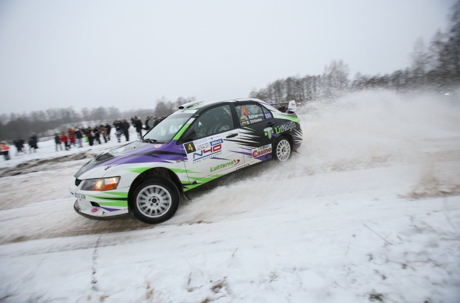 """Halls Winter Rally"": 5 GR ""Samsonas Motorsport"""
