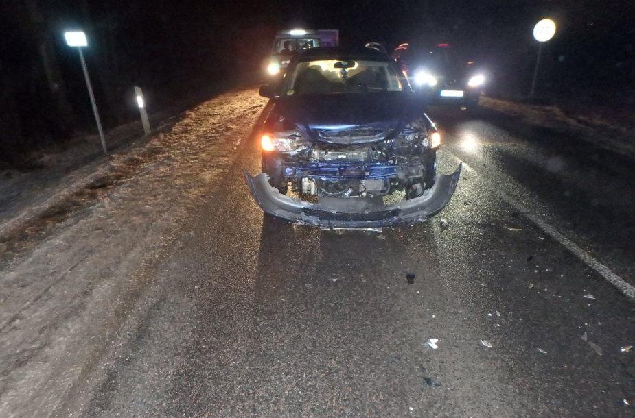 """Girto """"Opel"""" vairuotojo sukelta avarija Kauno rajone"""