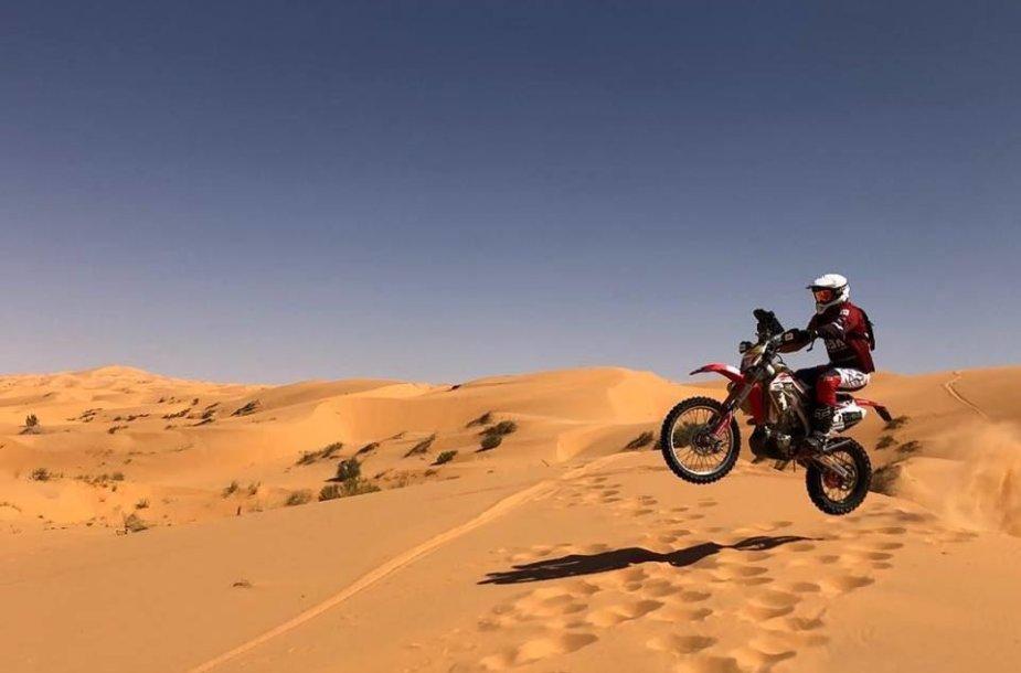 Lietuviai Tuarego ralyje