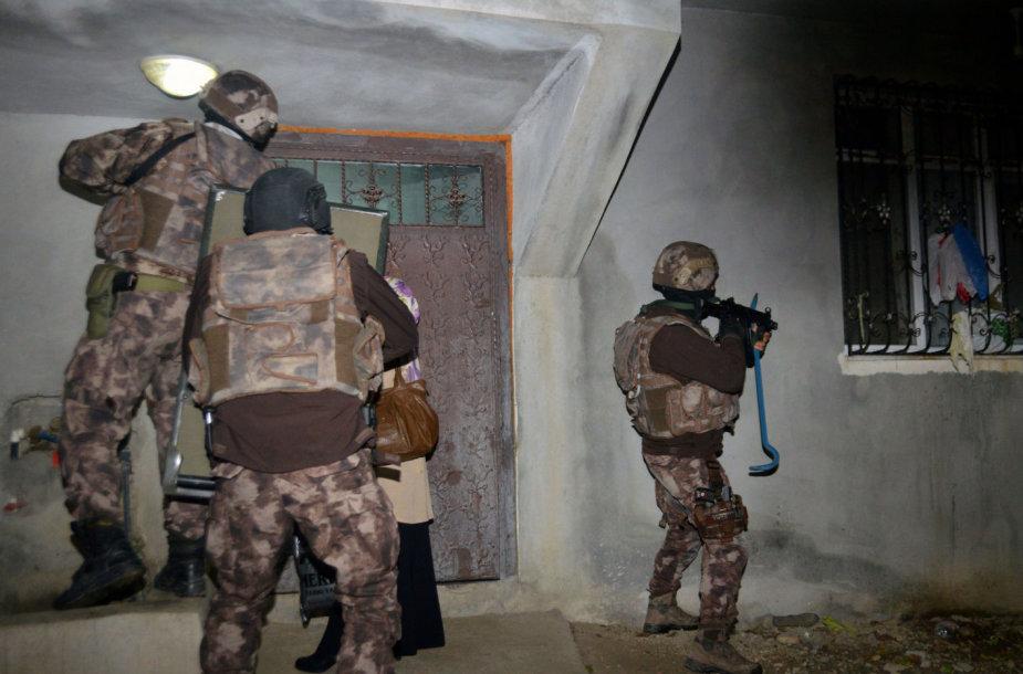 Turkijos policija sulaikė dešimtis džihadistų