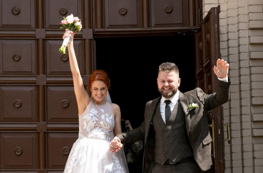 Julijos Jegorovos ir jos mylimojo Karolio vestuvių akimirka