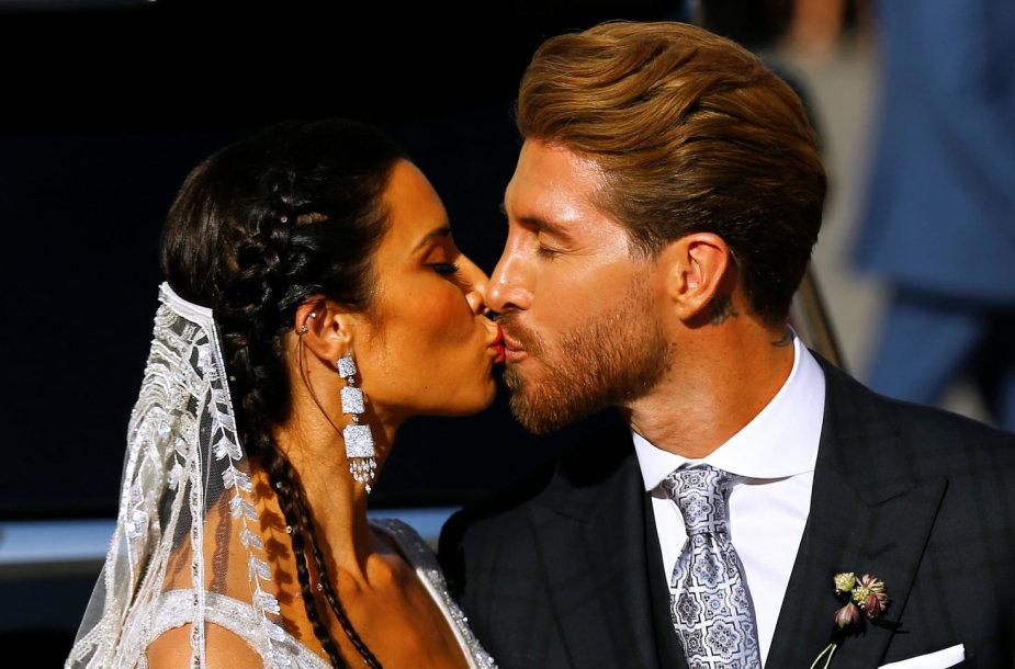 Ispanijoje susituokė Sergio Ramosas ir Pilar Rubio.