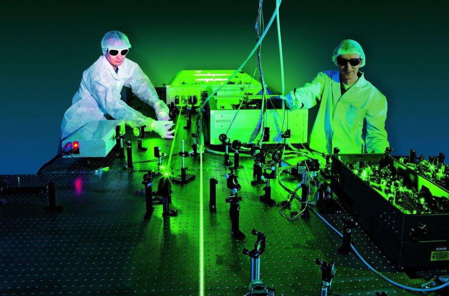 Lazerinė sistema NAGLIS, kurios pagrindu bus daromas SILOS