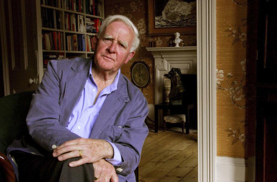 Garsus knygų apie Šaltojo karo šnipus autorius Johnas Le Carre.