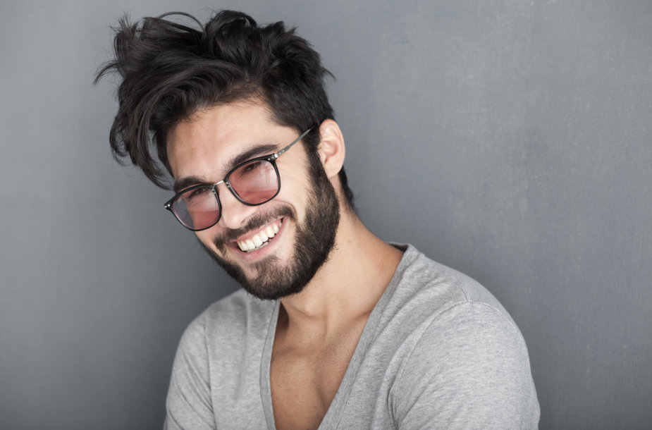 Vyras su barzda