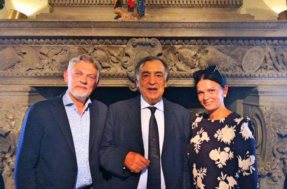 Jurga ir Paulius Jurkevičiai su Palermo miesto meru Leoluca Orlando