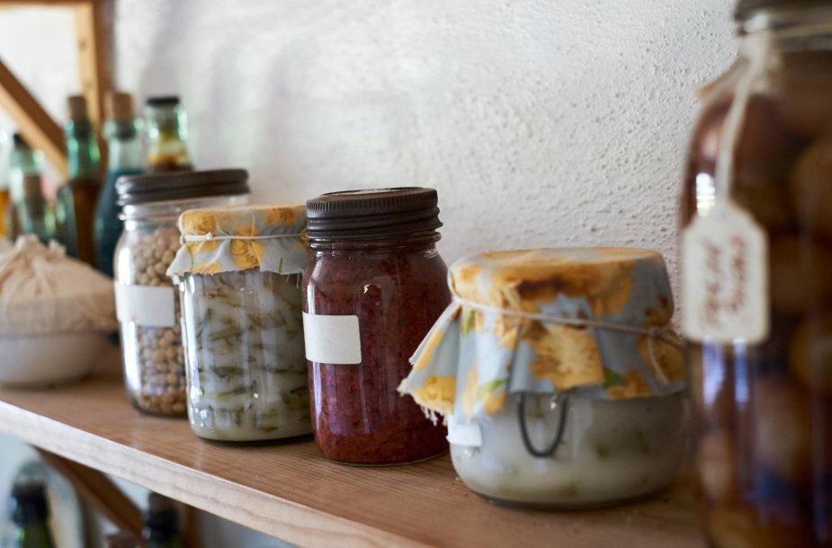 Maisto produktai lentynoje