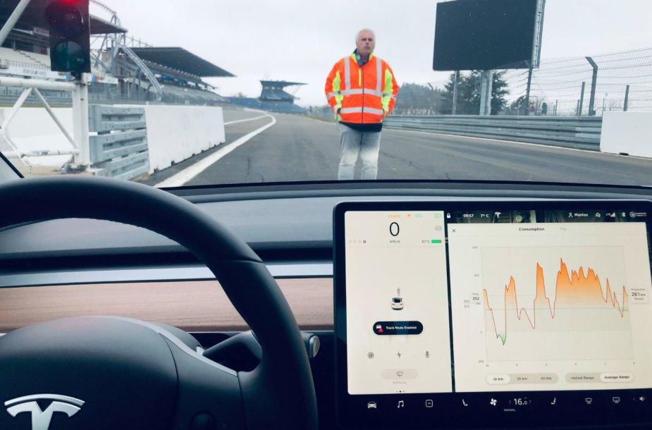 """Manto Mikucko """"Tesla Model 3"""""""