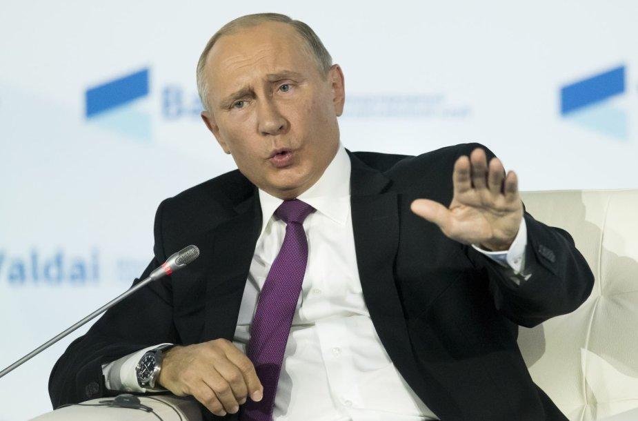 V.Putinas Valdajaus konferencijoje