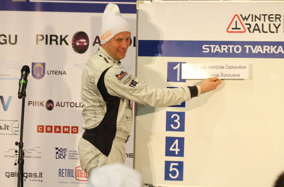 """""""Halls Winter Rally 2015"""" starto pozicijų pasirinkimas"""